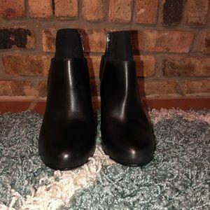 Vince black vero booties, size 7